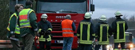 Bild: Vermeintlicher Lkw-Brand auf der Autobahn A1