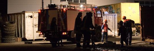 Bild: Nachteinsatz der Jugendfeuerwehr im Gewerbegebiet Wiesbach