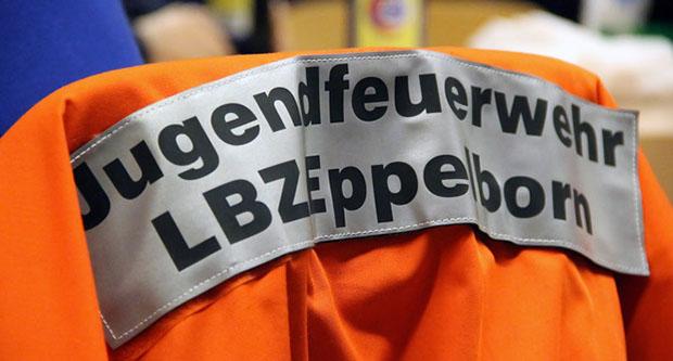 Bild: Jugendfeuerwehrleute wählen neuen Gemeinde-Jugendgruppensprecher