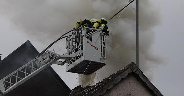 Bild: Vier weitere Rußbrände im Kreis