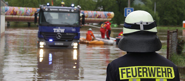Bild: Feuerprobe in den Pfingst-Fluten