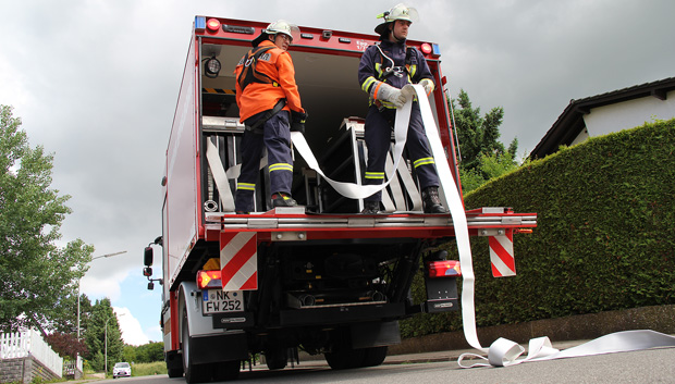 Bild: Gerätewagen Logistik bei Waldbrandübung im Einsatz