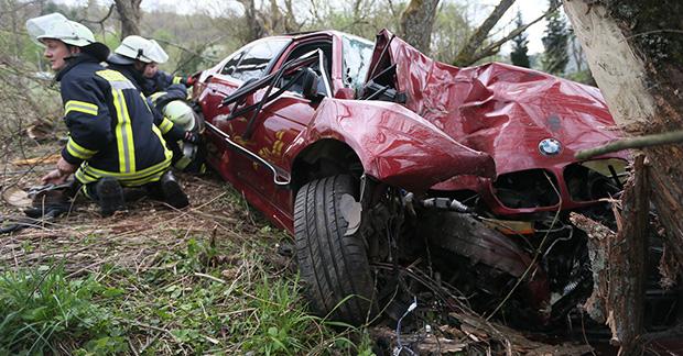 Bild: Fahrer stirbt bei Verkehrsunfall zwischen Eppelborn und Dirmingen